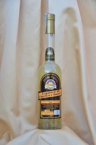 Liquore basilico e limoni